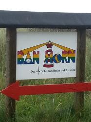 Wegweiser zum Schullandheim Ban Horn